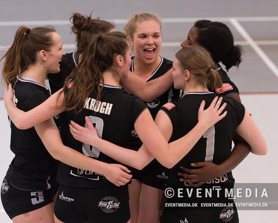Kvartfinale i VolleyLigaen Damer mellem Elite Volley Aarhus og Amager VK i Århus Gl. Stadionhal, Århus, Danmark, den 03.03.2017. Photo Credit: Lars Jørgensen/EVENTMEDIA.