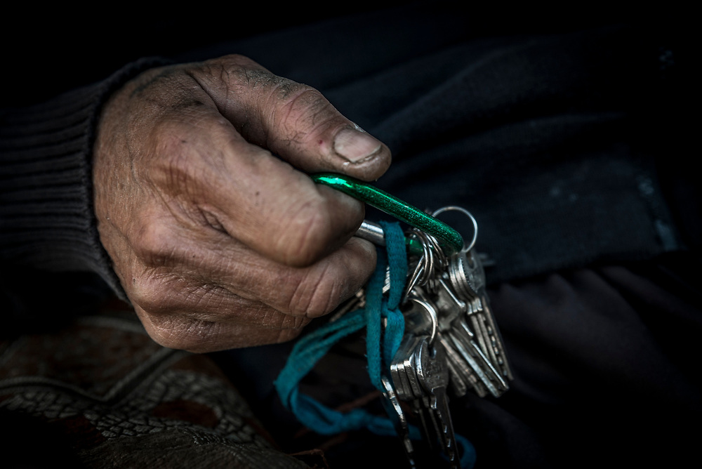 Kaşım keeps hold of the keys to the stores and warehouses under his protection.
