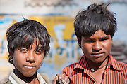 Two boy friends in Bundi (India)