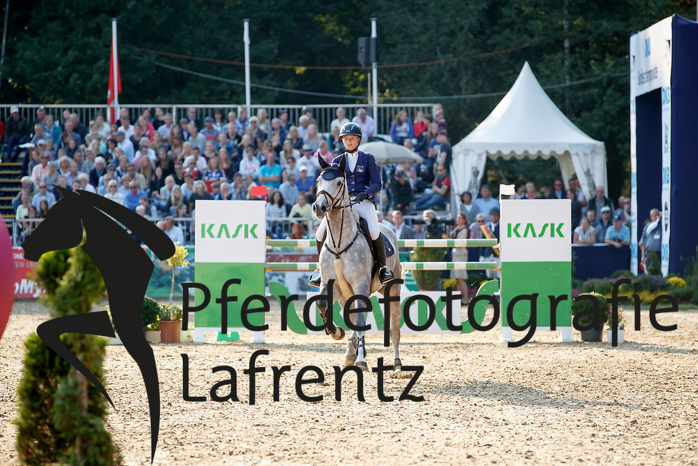 Bührmann, Jaqueline (GER) Jamela<br /> Warendorf - Bundeschampionate 2017<br /> © www.sportfotos-lafrentz.de/Stefan Lafrentz