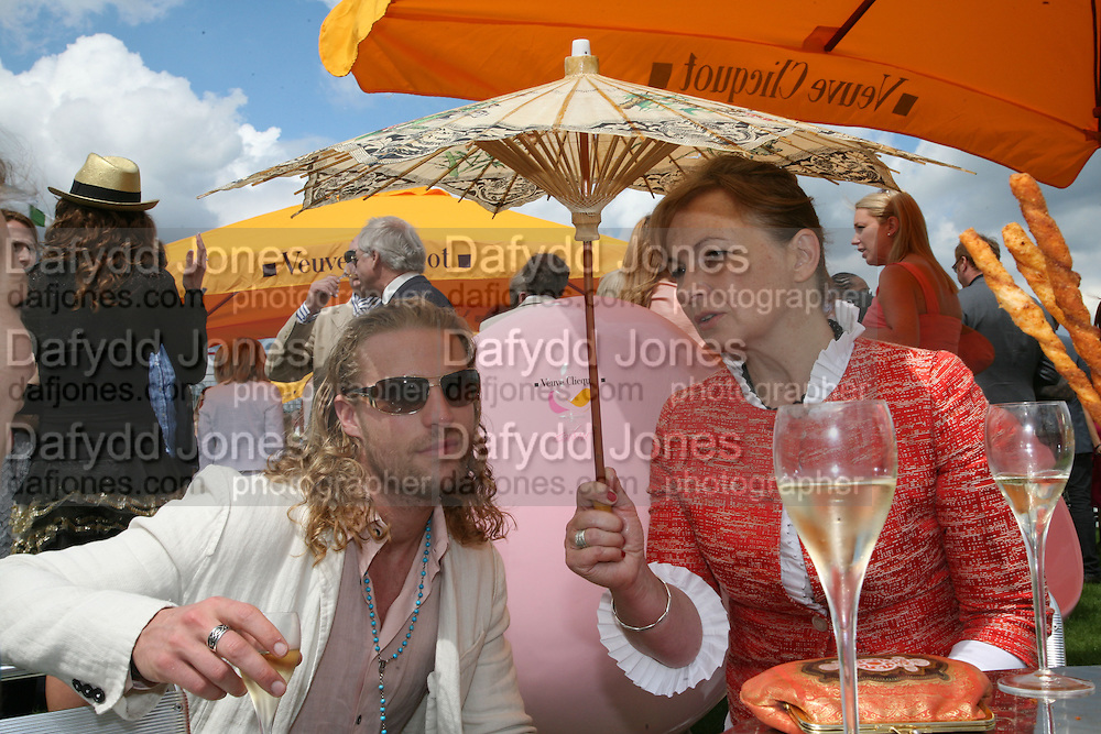 Krister Dicksson and Susan Wade Weeks, The Veuve Clicquot Gold Cup 2007. Cowdray Park, Midhurst. 22 July 2007.  -DO NOT ARCHIVE-© Copyright Photograph by Dafydd Jones. 248 Clapham Rd. London SW9 0PZ. Tel 0207 820 0771. www.dafjones.com.