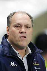MANCHESTER, ENGLAND - WEDNESDAY, JANUARY 4th, 2006: Tottenham Hotspur's manager Martin Jol during the Premiership match against Manchester City at the City of Manchester Stadium. (Pic by David Rawcliffe/Propaganda)