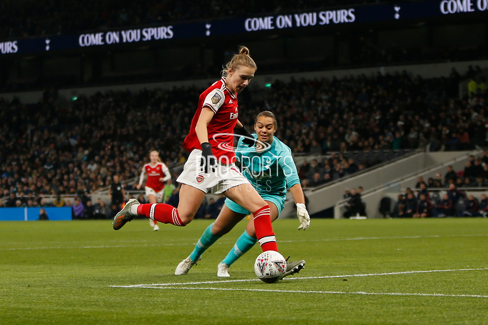 Vivianne Miedema scores a goal to make it 2-0 and Arsenal players celebrate during the FA Women's Super League match between Tottenham Hotspur Women and Arsenal Women FC at Tottenham Hotspur Stadium, London, United Kingdom on 17 November 2019.