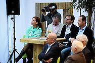AMMERZODEN - In tuincentrum OASEGROEN ging deze avond het NL Greenlabel Business Event van start. Met op de foto