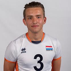 07-06-2016 NED: Jeugd Oranje jongens <1999, Arnhem<br /> Photoshoot met de jongens uit jeugd Oranje die na 1 januari 1999 geboren zijn / Mika Prins LIB