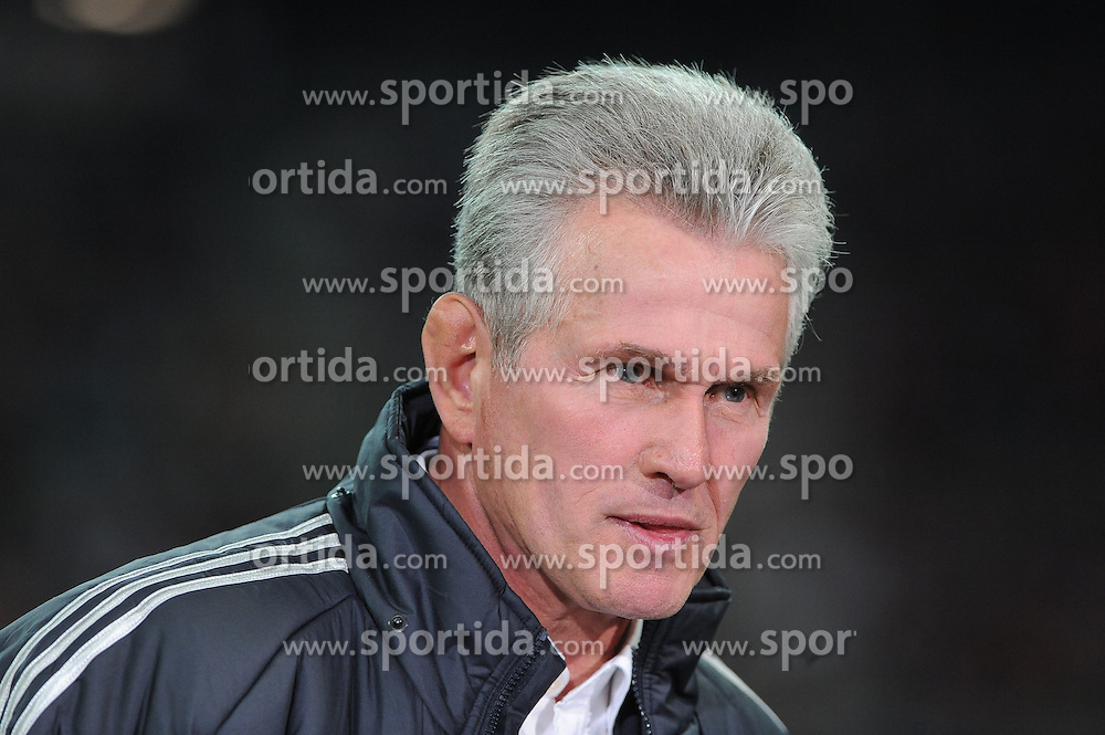 19.09.2012, Allianz Arena, Muenchen, GER, UEFA Champions League, FC Bayern Muenchen vs FC Valencia, Gruppe F, im Bild Trainer Jupp HEYNCKES (FC Bayern Muenchen), Portrait // during the UEFA Champions League group F match between FC Bayern Munich and Valencia CF at the Allianz Arena, Munich, Germany on 2012/09/19. EXPA Pictures © 2012, PhotoCredit: EXPA/ Eibner/ Wolfgang Stuetzle..***** ATTENTION - OUT OF GER *****