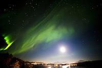 Nordlys over Sunnmørsalpene 13. oktober 2016.<br /> Foto: Svein Ove Ekornesvåg