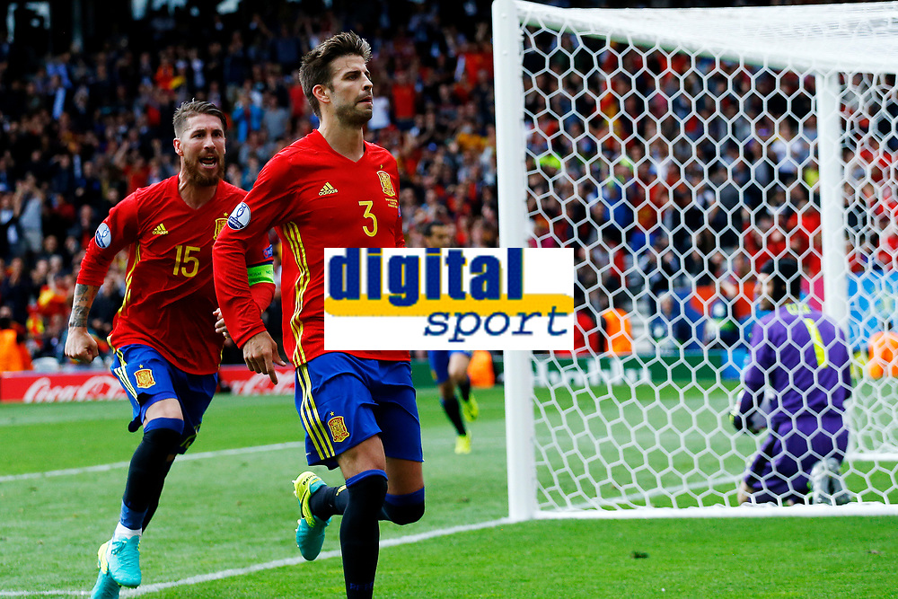 Gerard Pique of Spain celebrates scoring. Esultanza Gol <br /> Toulouse 13-06-2016 Stade de Toulouse Footballl Euro2016 Spain - Czech Republic  / Spagna - Repubblica Ceca Group Stage Group D. Foto Matteo Ciambelli / Insidefoto