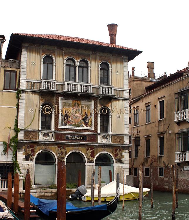 The Palazzo Salviati, a palace on the Grand Canal in Venice, Italy. Designed by Nanni di Baccio Bigio. Featuring mosaics on the facade.