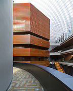 """The Kimmel Center for the Performing Arts is a large performing arts venue located at 300 South Broad Street at the corner of Spruce Street, along the stretch known as the """"Avenue of the Arts"""", in Center City, Philadelphia, Pennsylvania."""