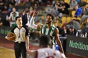 DESCRIZIONE : Roma Lega A 2014-15 <br /> Acea Virtus Roma - Sidigas Avellino <br /> GIOCATORE : Adrian Banks <br /> CATEGORIA : schema curiosita mani<br /> SQUADRA : Sidigas Avellino <br /> EVENTO : Campionato Lega A 2014-2015 <br /> GARA : Acea Virtus Roma - Sidigas Avellino <br /> DATA : 04/04/2015<br /> SPORT : Pallacanestro <br /> AUTORE : Agenzia Ciamillo-Castoria/GiulioCiamillo<br /> Galleria : Lega Basket A 2014-2015  <br /> Fotonotizia : Roma Lega A 2014-15 Acea Virtus Roma - Sidigas Avellino