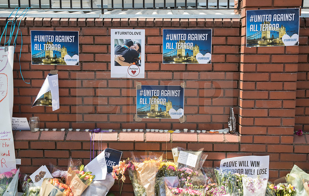 © Licensed to London News Pictures. 20/06/2017. London, UK. Messages to the community are placed on a wall outside Finsbury Mosque in north London after a van ploughed into a crowd nearby. One person has been killed and 10 people are injured. Darren Osborne, 47, from Cardiff, continues to be held on suspicion of attempted murder and alleged terror offences.  Photo credit: Peter Macdiarmid/LNP