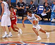 DESCRIZIONE : Madrid Spagna Spain Eurobasket Men 2007 Qualifying Round Italia Turchia Italy Turkey GIOCATORE : Marco Belinelli <br /> SQUADRA : Nazionale Italia Uomini Italy <br /> EVENTO : Eurobasket Men 2007 Campionati Europei Uomini 2007 <br /> GARA : Italia Turchia Italy Turkey <br /> DATA : 10/09/2007 <br /> CATEGORIA : Palleggio <br /> SPORT : Pallacanestro <br /> AUTORE : Ciamillo&amp;Castoria/JF.Molliere <br /> Galleria : Eurobasket Men 2007 <br /> Fotonotizia : Madrid Spagna Spain Eurobasket Men 2007 Qualifying Round Italia Turchia Italy Turkey Predefinita :