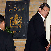 NLD/Amsterdam/20070611 - Aankomst van Antonio Banderas in Amsterdam voor de premiere van Shrek 3 --  Arrival of Antonio banderas in Amsterdam for the premiere of Shrek 3