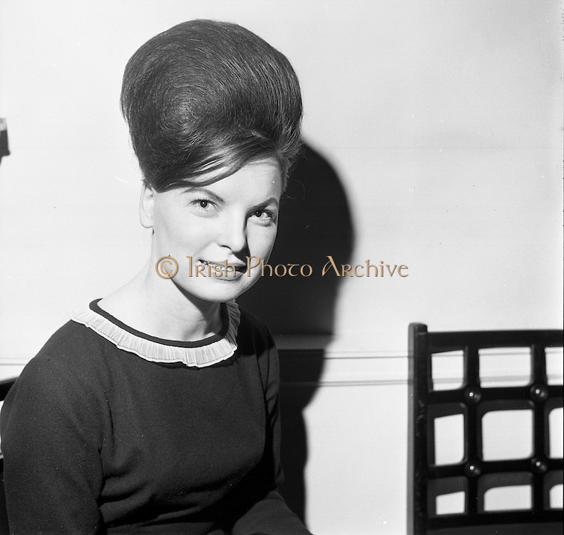 23/11/1964<br /> 11/12/1964<br /> 23 November 1964<br /> <br /> 19 Sales Girls from various parts of Ireland, at a Presentation in the Royal Hibernian Hotel <br /> <br /> Miss Rita Swords, Roches Stores, Dublin