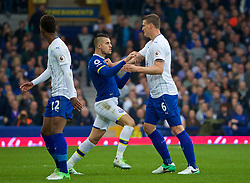 LIVERPOOL, ENGLAND - Sunday, April 9, 2017: Everton's Kevin Mirallas clashes with Leicester City's Robert Huth during the FA Premier League match at Goodison Park. (Pic by David Rawcliffe/Propaganda)