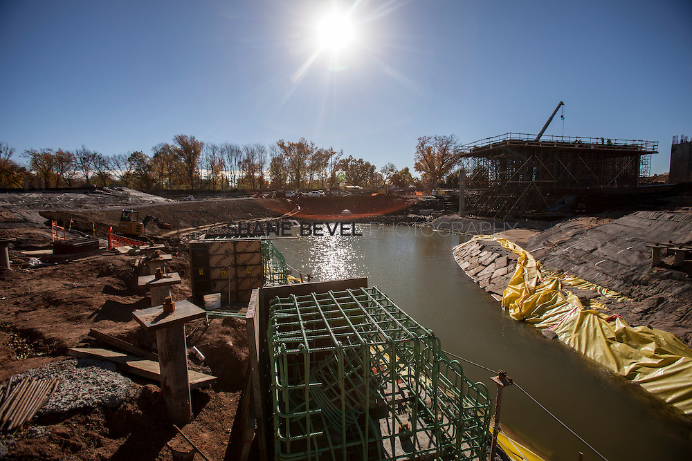 11/29/16 11:28:01 AM -- Updates to Caterpiller Bridge, One Boathouse and general views of the park. <br /> <br /> Photo by Shane Bevel