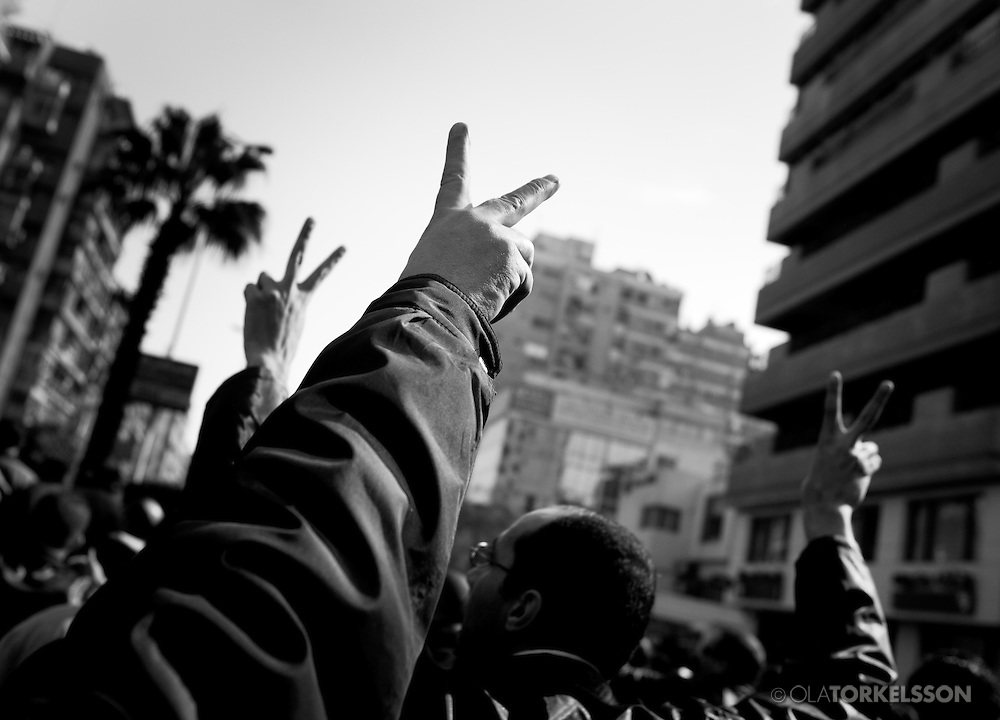 After the uprising in Tunisia in early January 2011 protests started in Egypt asking for president Hosni Mubarak to step down.<br /> Hundreds of thousands of people gathered at Cairo&acute;s Tahrir Square. On Friday the 28th of January, demonstrators clashed with police and security forces all around Egypt.