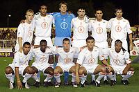 Fotball<br /> VM-kvalifisering<br /> Makedonia v Nederland<br /> Skopje<br /> 9. oktober 2004<br /> Foto: Digitalsport<br /> NORWAY ONLY<br /> Lagbilde Nederland<br /> achter : kuyt , van hooydonk , van der sar , van bommel , boulahrouz en cocu. voor: de jong , castelen , sneijder , bouma en davids