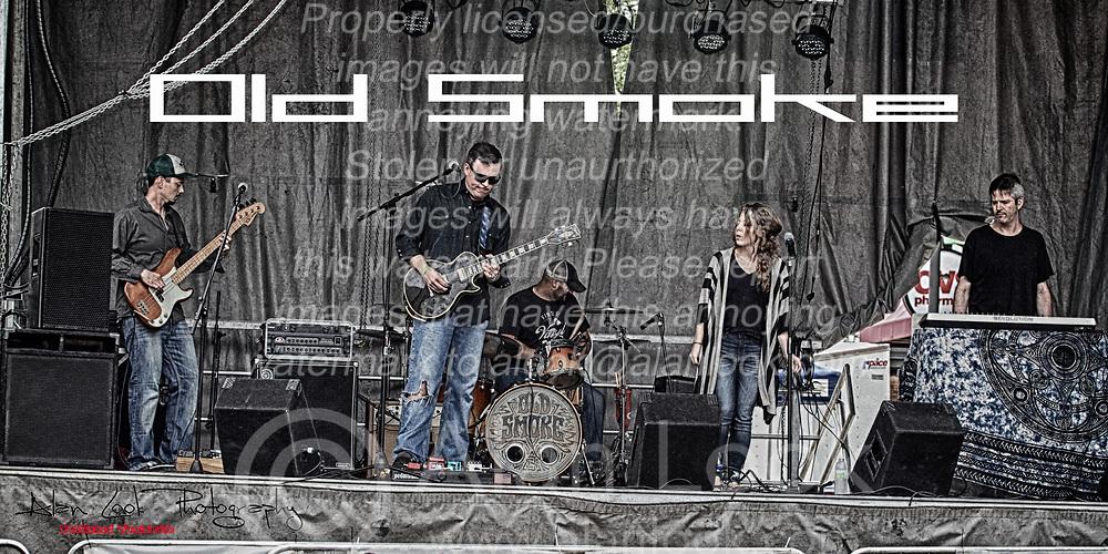 Make Music Normal festival - Uptown Normal<br /> <br /> Old Smoke:<br /> Jessica Wheet<br /> Adam Humphreys<br /> Heath Brandon<br /> Chris Lackey<br /> Travis Wheet