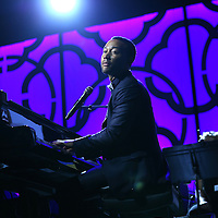 ST PAUL, MN - JULY 20:  John Legend performs at the  2014 Starkey Hearing Foundation So The World May Hear Gala at the St. Paul RiverCentre on July 20, 2014 in St. Paul, Minnesota.(Photo by Adam Bettcher/Getty Images for Starkey Hearing Foundation) *** Local Caption *** John Legend