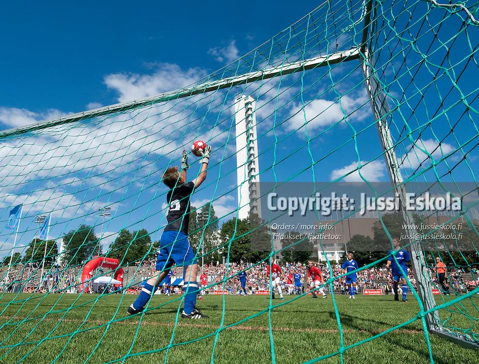 B11 KäPa - Kontu. Helsinki Cup. Finaalit. 17.7.2010. Photo: Jussi Eskola