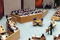 Nederland. Den Haag, 26 oktober 2010.<br /> De Tweede Kamer debatteert over de regeringsverklaring van het kabinet Rutte.<br /> Wilders interrumpeert Cohen, PVV, PvdA<br /> Kabinet Rutte, regeringsverklaring, tweede kamer, politiek, democratie. regeerakkoord, gedoogsteun, minderheidskabinet, eerste kabinet Rutte, Rutte1, Rutte I, debat, parlement<br /> Foto Martijn Beekman