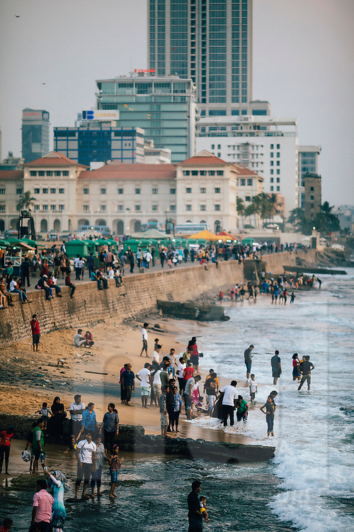 Crowds in the late afternoon at Galle Face Green on the Indian Ocean, Colombo, Sri Lanka, Asia