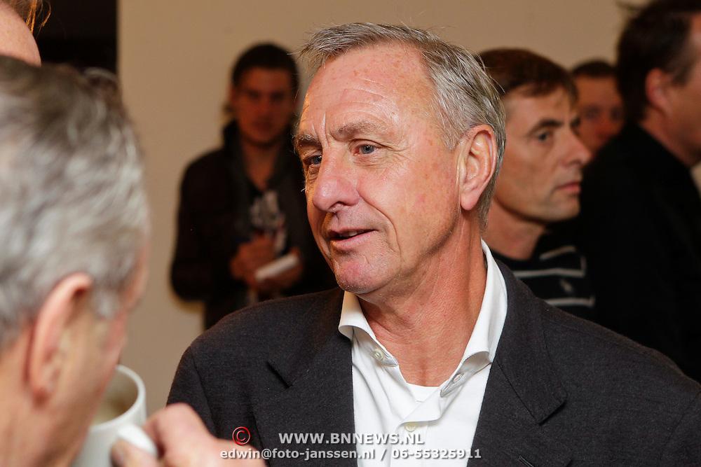 """NLD/Amsterdam/20111109- Boekpresentatie Ard Schenk """" Je tweede Jeugd begint nu"""", Johan Cruijff"""