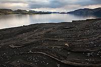 Sandsteinn við Langasjó. Sandstone by lake Langisjor.