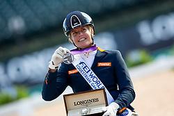 Den Dulk Nicole, NED, Wallace NOP<br /> Tryon - FEI World Equestrian Games™ 2018<br /> Siegerehrung<br /> Para-Dressur Grade Einzelentscheidung<br /> 19. September 2018<br /> © www.sportfotos-lafrentz.de/Sharon Vandeput
