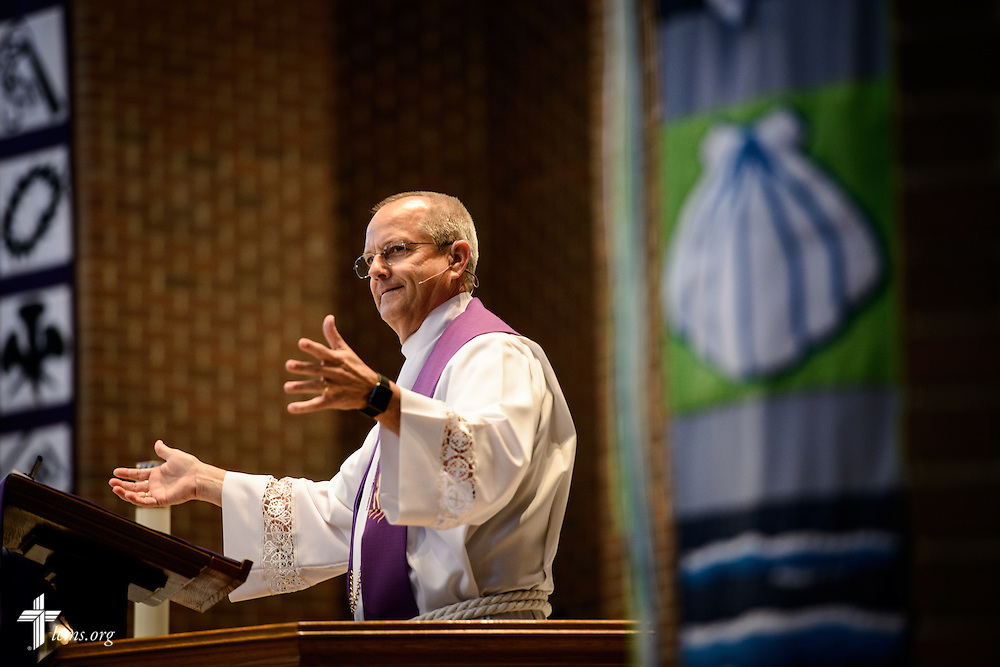 The Rev. Wally Arp, senior pastor of St. Luke's Lutheran Church, preaches during worship at the church on Sunday, March 6, 2016, in Oviedo, Fla. LCMS Communications/Erik M. Lunsford