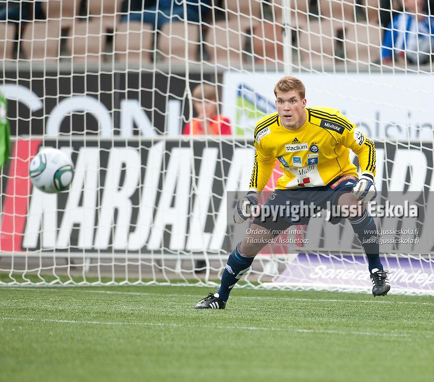 Saku-Pekka Sahlgren. HJK - RoPS. Veikkausliiga. Helsinki. 15.6.2011. Photo: Jussi Eskola