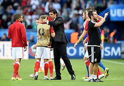 Wales Manager Chris Coleman congratulates his players not he final whistle  - Mandatory by-line: Joe Meredith/JMP - 25/06/2016 - FOOTBALL - Parc des Princes - Paris, France - Wales v Northern Ireland - UEFA European Championship Round of 16