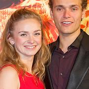 NLD/Amsterdam/20151116 - Filmpremiere The Hunger Games: Mokingjay-part 2, Pip Pellens en partner Pim Wessels
