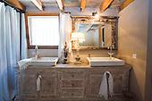 Ethnic Bathroom 791