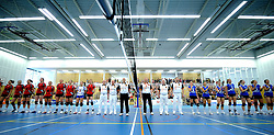 17-04-2011 VOLLEYBAL: FINAL VC WEERT - HEUTINK POLLUX: WEERT<br /> Lineup VC Weert en Heutink Pollux<br /> &copy;2011 Ronald Hoogendoorn Photography