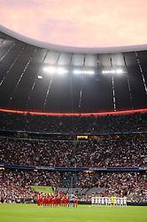04.08.2015, Allianz Arena, Muenchen, GER, AUDI CUP, FC Bayern Muenchen vs AC Mailand, im Bild Schweigeminute fuer den verstorbenen Stephan Beckenbauer, Sohn von Franz Beckenbauer. // during the 2015 AUDI Cup Match between FC Bayern Muenchen and AC Mailand at the Allianz Arena in Muenchen, Germany on 2015/08/04. EXPA Pictures © 2015, PhotoCredit: EXPA/ Eibner-Pressefoto/ Stuetzle<br /> <br /> *****ATTENTION - OUT of GER*****