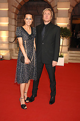SIMON & YASMIN LE BON at the Royal Academy of Art Summer Exhibition Preview Party on 4th June 2008.<br /><br />NON EXCLUSIVE - WORLD RIGHTS