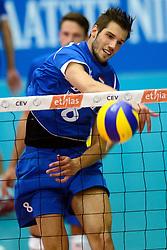 17-05-2013 VOLLEYBAL: BELGIE - NEDERLAND: KORTRIJK<br /> Nederland wint de eerste oefenwedstrijd met 3-0 van Belgie / Bas van Bemmelen<br /> &copy;2013-FotoHoogendoorn.nl