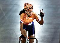 OS 2000 Sydney. Leontien van Morsel eindigde als tweede in de punterkoers en veroverde hiermee zilver.