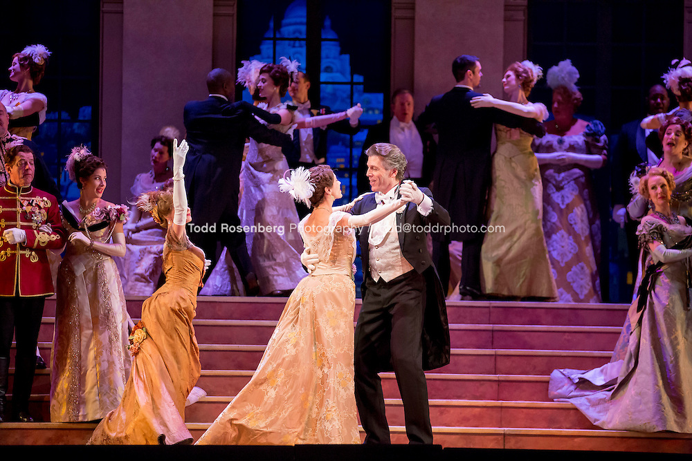 11/11/15 1:44:32 PM -- <br /> The Lyric Opera of Chicago Presents<br /> &quot;The Merry Widow&quot;<br /> Renee Fleming<br /> <br /> &copy; Todd Rosenberg Photography 2015