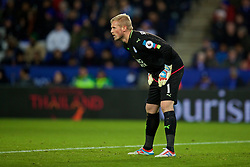 LEICESTER, ENGLAND - Boxing Day Monday, December 26, 2016: Leicester City's goalkeeper Kasper Schmeichel in action against Everton during the FA Premier League match at Filbert Way. (Pic by David Rawcliffe/Propaganda)