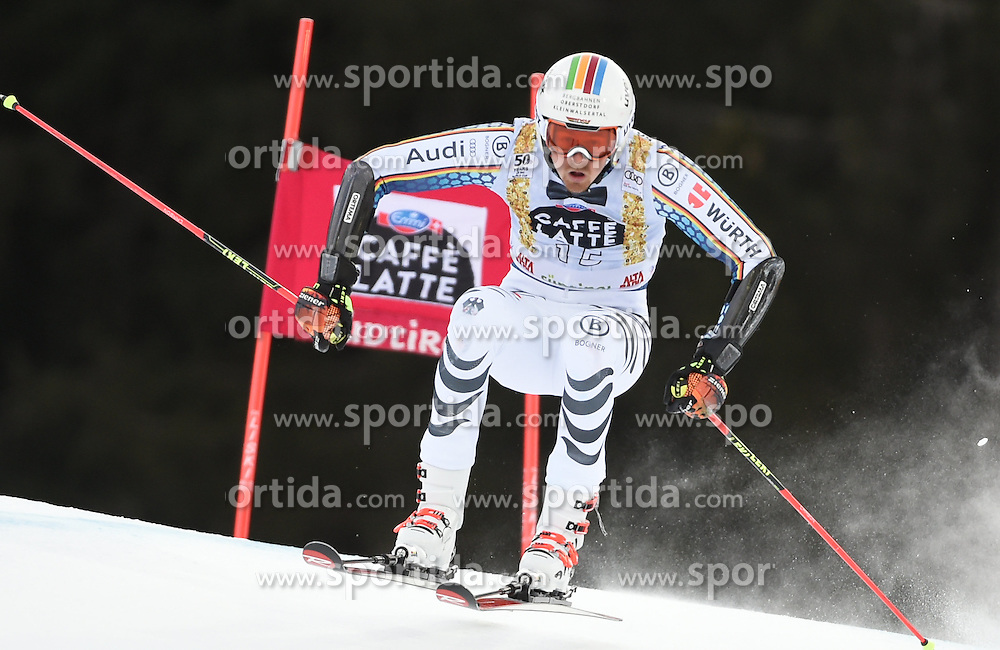 18.12.2016, Grand Risa, La Villa, ITA, FIS Weltcup Ski Alpin, Alta Badia, Riesenslalom, Herren, 1. Lauf, im Bild Stefan Luitz (GER) // in action during 1st run of men's Giant Slalom of FIS ski alpine world cup at the Grand Risa in La Villa, Italy on 2016/12/18. EXPA Pictures © 2016, PhotoCredit: EXPA/ Erich Spiess