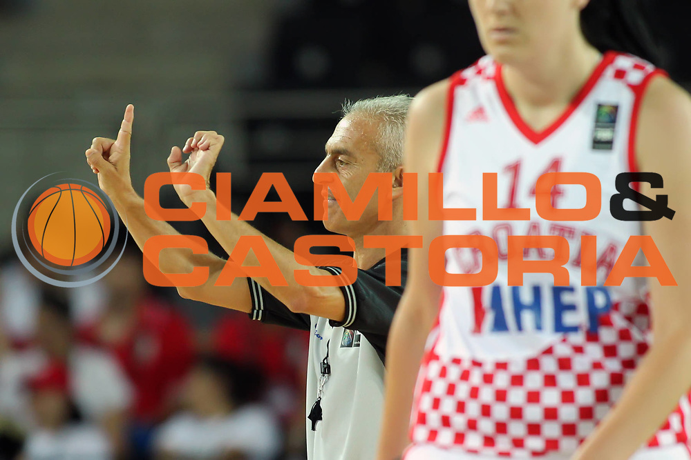 DESCRIZIONE : Ankara Turkey FIBA Olympic Qualifying Tournament for Women 2012 Croatia Mozambique Croazia Mozambico<br /> GIOCATORE : Roberto Chiari<br /> SQUADRA : FIBA<br /> EVENTO :  FIBA Olympic Qualifying Tournament for Women 2012<br /> GARA : Croatia Mozambique Croazia Mozambico<br /> DATA : 25/06/2012<br /> CATEGORIA : arbitro referee<br /> SPORT : Pallacanestro <br /> AUTORE : Agenzia Ciamillo-Castoria/ElioCastoria<br /> Galleria : FIBA Olympic Qualifying Tournament for Women 2012<br /> Fotonotizia : Ankara Turkey FIBA Olympic Qualifying Tournament for Women 2012 Croatia Mozambique Croazia Mozambico<br /> Predefinita :