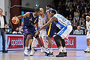 DESCRIZIONE : Beko Legabasket Serie A 2015- 2016 Dinamo Banco di Sardegna Sassari - Manital Auxilium Torino<br /> GIOCATORE : Jerome Dyson DJ White<br /> CATEGORIA : Palleggio Controcampo Blocco Controcampo<br /> SQUADRA : Manital Auxilium Torino<br /> EVENTO : Beko Legabasket Serie A 2015-2016<br /> GARA : Dinamo Banco di Sardegna Sassari - Manital Auxilium Torino<br /> DATA : 10/04/2016<br /> SPORT : Pallacanestro <br /> AUTORE : Agenzia Ciamillo-Castoria/C.Atzori