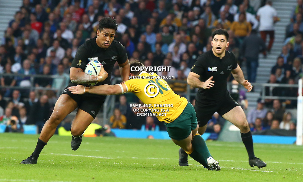 LONDON, ENGLAND - OCTOBER 31: Julian Savea of New Zealand during the Rugby World Cup Final match between New Zealand vs Australia Final, Twickenham, London on October 31, 2015 in London, England. (Photo by Steve Haag)