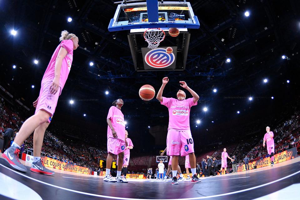 Bourges Face à Arras lors de la finale de la Coupe de France de Basket 2012, le 20 mai 2012 au POPB.