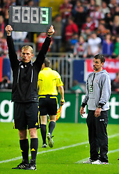 27.08.2010, Fritz Walter Stadion, Kaiserslautern, GER, 1. FBL, 1.FC Kaiserslautern vs Bayern Muenchen, im Bild 3 Punkte fuer Marco KURZ (Trainer Kaiserslautern), EXPA Pictures © 2010, PhotoCredit: EXPA/ nph/  Roth+++++ ATTENTION - OUT OF GER +++++ / SPORTIDA PHOTO AGENCY