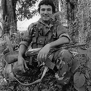 """JUAN ADOLFO CAJINA MEJIA SOLDADO DEL SMP Y DE LA """"JUVENTUD SANDINISTA 19 DE JULIO"""". APAN¡S ESTADO DE JINOTEGA. NICARAGUA. 1985."""